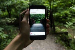 Influencer Marketing: 3 Ways to Find Influencers in Your Niche
